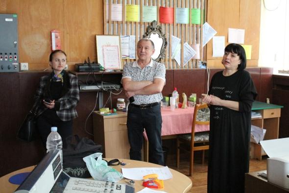Visiting the youth radio program employees