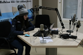 Students tour the Gagauz television and radio station